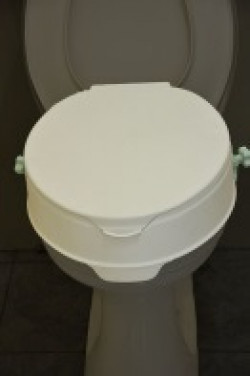 Care Quip Roma Toilet Seat Raiser with Lid