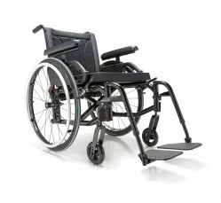 Motion Composites Move Aluminum Folding Wheelchair
